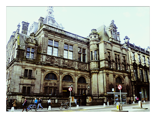 edinburgh-central-library